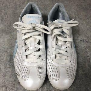 Reebok Vintage crisp white and blue ladies runners